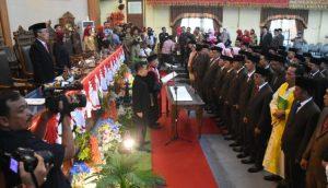Anggota DPRD Lampung Timur DiLantik 49 Dari 50 Orang Terpilih