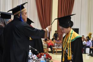 "Cerita Melisa Priscilla, Lulusan Terbaik IIB Darmajaya ""Ditinggal Sang Ayah Sejak SMA, Kuliah dari Beasiswa Bidik Misi"""