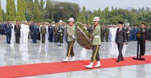 Presiden Pimpin Peringatan Hari Pahlawan Tahun 2019 di TMP Kalibata
