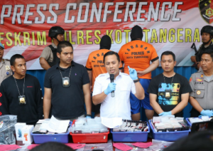 Polresta Tangerang Konferensi Pers Kasus Rekondisi Smartphone Ilegal