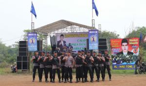 Wujudkan Kampanye Pilkades yang aman, Dansat Brimob Cek Pengamanan Personil Di Pasar Kemis
