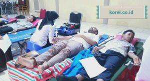 Mas Fran Ikuti Donor Darah yang digelar UKK KSR PMI Unit IAIN Metro
