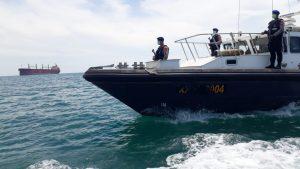 Sosialisasikan Maklumat Kapolri, Ditpolairud Polda Banten, Gelar Patroli Laut Cegah Covid-19