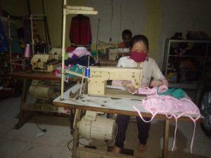Pengrajin Binaan Dekranasda Lampung Produksi Masker Industri Rumah Tangga