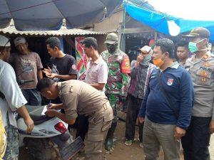 Berkerumun Saat Wabah Pandemi Covid-19, Pengundian Los Pasar KTM Dilakukan