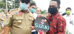 Gubernur Lampung Berikan Satu Unit Ambulance Pada Desa Madukoro Lampura