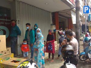 Ditbinmas Polda Banten Sosialisasikan Pencegahan Penyebaran Virus Corona di Pasar Lama