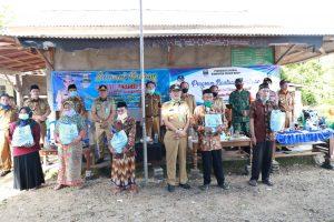 Bupati Pesibar Serah Simbolis 2.294 PBS Kepada Dua Kecamatan : Ngaras Dan Bengkunat