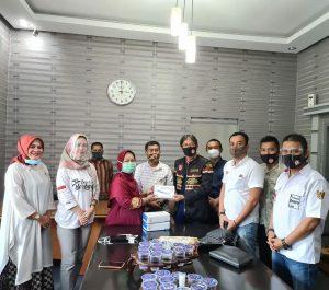 PBL Lampung Serahkan Rapid Test ke Rumah Sakit Urip Sumoharjo