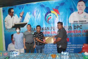 Usai Pelantikan di Gedung Nasional, DPC AJO-Indonesia Kabupaten Lingga Resmikan Kantor Sekretariat