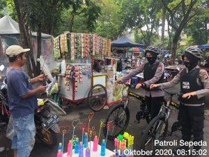 Dengan Patroli Bersepeda, Ditsamapta Polda Banten Berikan Rasa Aman Kepada Pengunjung Stadion Ciceri