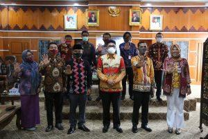 Jelang Pilkada Pjs.Bupati , Audiensi Dengan Ketua Bawaslu Lam Tim