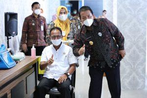 Saksikan Vaksinasi C19 Di Provinsi Lampung, Gubernur Arinal Dorong Masyarakat Tidak Ragu.