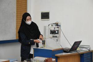 Mahasiswi Prodi Sistem Komputer ini Ciptakan Sistem Filterisasi Asap Rokok Otomatis