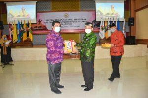 Lampung Timur Menerima Penyerahan Laporan Keuangan Tahun 2020 dan Mendapatkan Opini WTP.