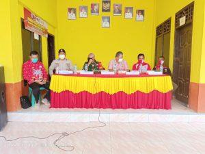 Danramil 426-03 Rawajitu Bersama Aparat Gabungan Sosialisasikan PPKM Kepada Masyarakat