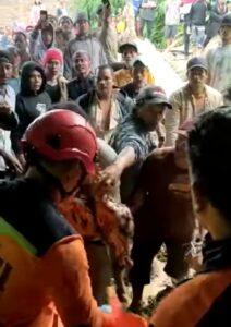 Akibat Hujan Deras 9 Orang Meninggal Tertimpa Tanah Longsor Laudah Kabanjahe